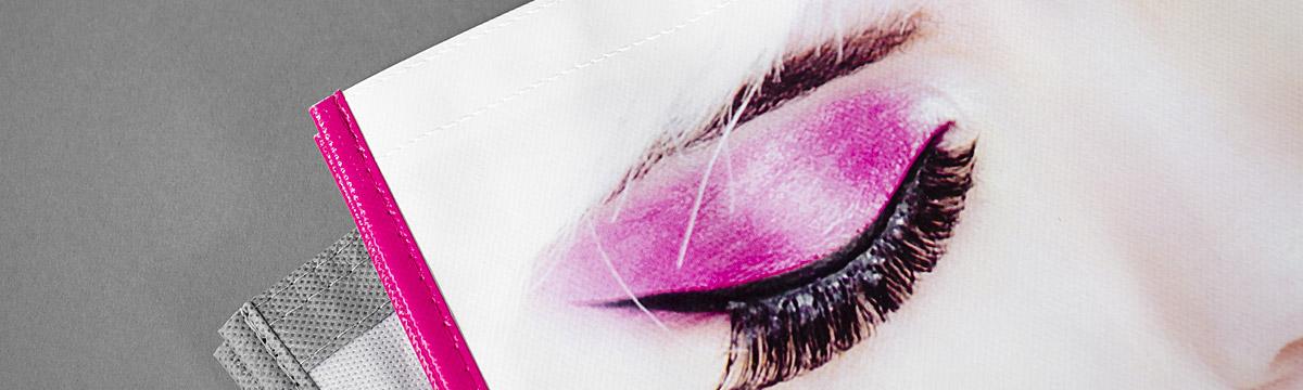 Banner_1200x360_BLOG-Non-Woven-Taschen_Tragetaschen-mit-Logo_Brillant-2