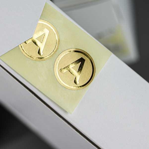 Prägeetiketten rund 30 mm | runde Etiketten mit elegantem Heißfolienprägedruck